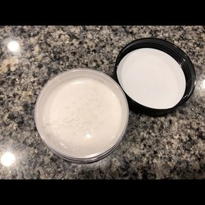 ABH loose setting powder- translucent